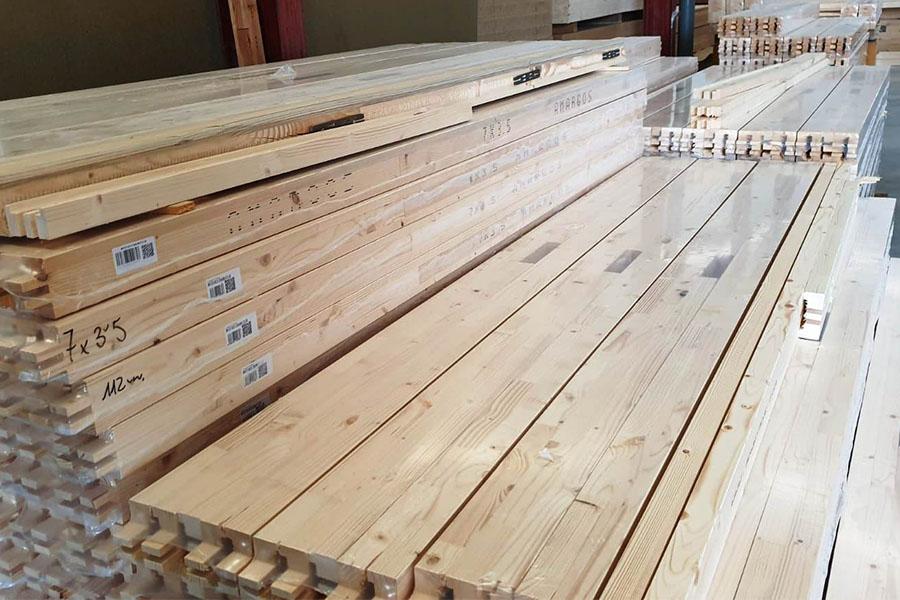 premarcos de madera para colocación de puertas