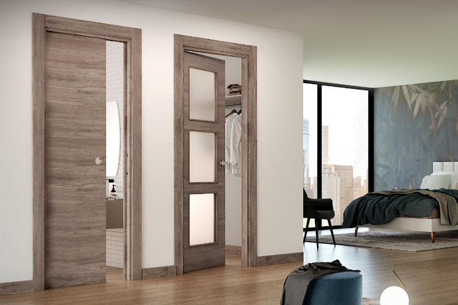 puerta correderea y puerta acristalada para interior